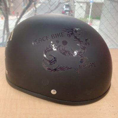 ヘルメットにクリア印刷
